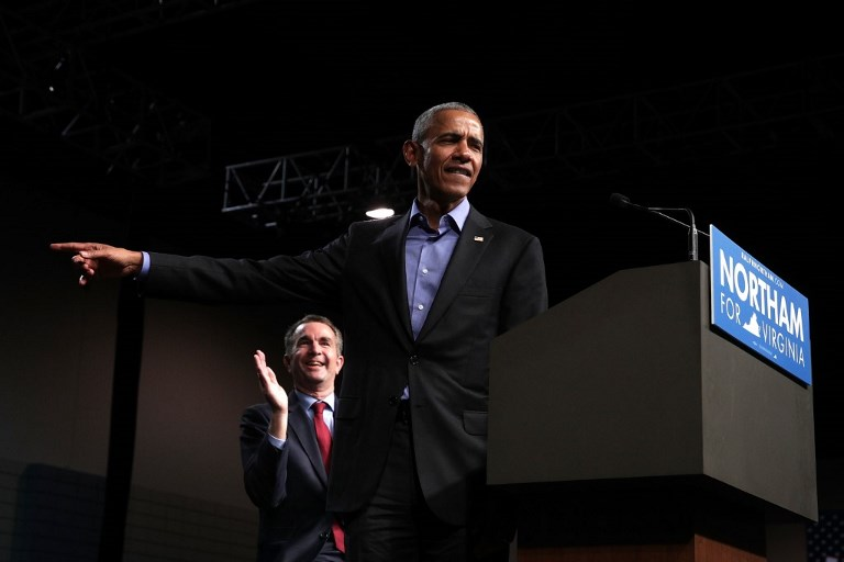 US - BARACK - OBAMA - CAMPAIGNS - WITH - DEMOCRATIC - GUBERNATORIAL - CANDIDAT